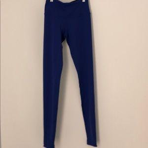 Lululemon purple leggings sz 2